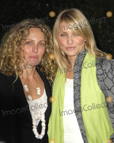 Elizabeth Rogers Photo - Photo by Michael Germanastarmaxinccom2005101905Cameron Diaz and Elizabeth Rogers at the Environmental Media Awards(Los Angeles CA)