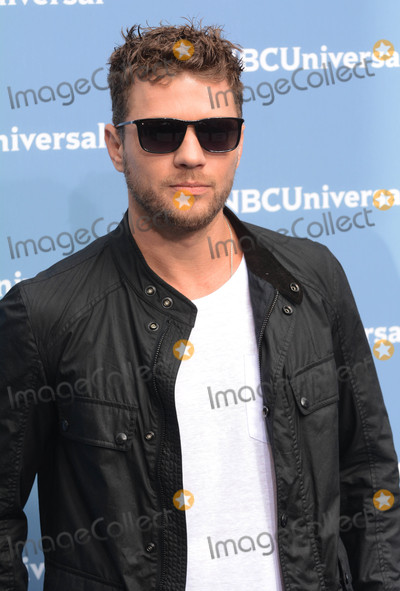 Ryan Phillippe Photo - Photo by Patricia SchleinstarmaxinccomSTAR MAX2016ALL RIGHTS RESERVEDTelephoneFax (212) 995-119651616Ryan Phillippe at The 2016 NBCUniversal Upfront(NYC)
