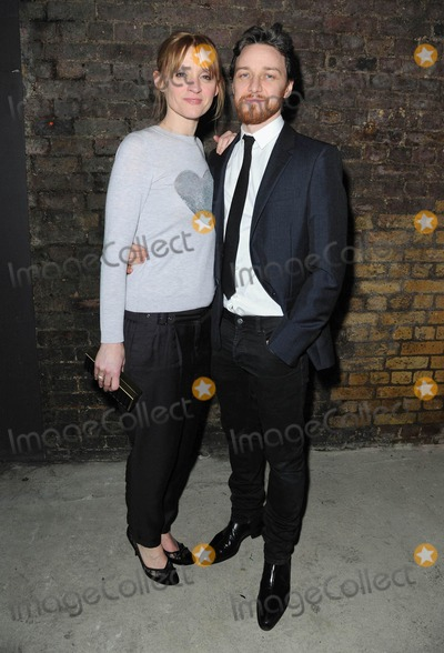 Anne-Marie Duff Photo - Photo by KGC-42starmaxinccomSTAR MAX2015ALL RIGHTS RESERVEDTelephoneFax (212) 995-119612815James McAvoy and wife Anne-Marie Duff at the press night photocall for The Ruling Class(London England UK)