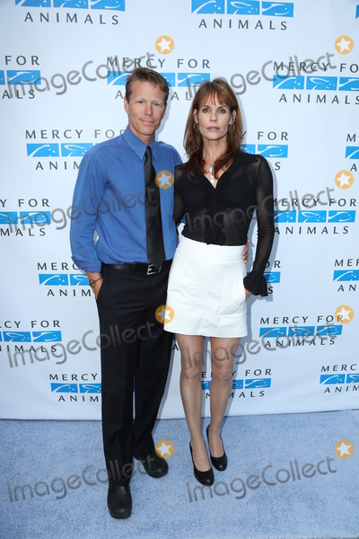 Alexandra Paul Photo - Photo by GPTCWstarmaxinccom2013ALL RIGHTS RESERVEDTelephoneFax (212) 995-11966813Ian Murray and Alexandra Paul at Mercy for Animals Free to Be Event(Los Angeles CA)