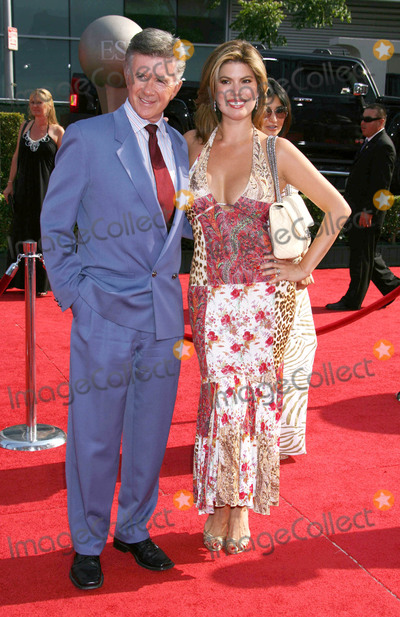 Alan Thicke Photo - Photo by REWestcomstarmaxinccom(C)2008ALL RIGHTS RESERVEDTelephoneFax (212) 995-119671608Alan Thicke and wife Tanya Callau at the ESPY Awards(Los Angeles CA)