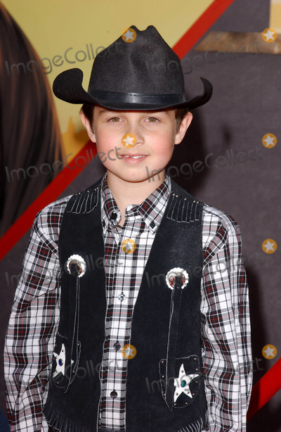 Mitch Holleman Photo - Photo by Lee Rothstarmaxinccom200432104Mitch Holleman at the world premiere of Home On The Range(Hollywood CA)