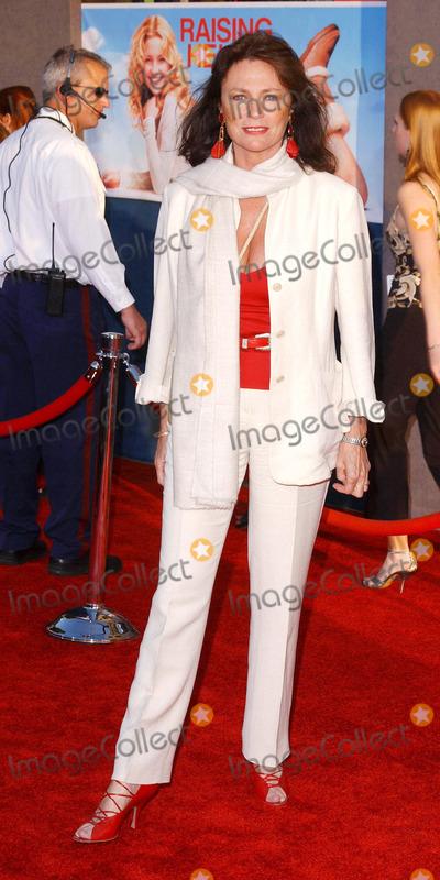 Jacqueline Bisset Photo - Photo by Lee Rothstarmaxinccom200452604Jacqueline Bisset at the premiere of Raising Helen(Hollywood CA)