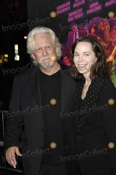 Bruce Davidson Photo - Photo by Michael GermanastarmaxinccomSTAR MAX2014ALL RIGHTS RESERVEDTelephoneFax (212) 995-1196121014Bruce Davidson and Michelle Correy at the premiere of Inherent Vice(Los Angeles CA)