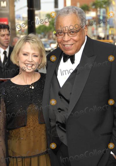 Cecilia Hart Photo - Photo by Michael Germanastarmaxinccom20066806James Earl Jones and Cecilia Hart at the 34th AFI Life Achievement Award ceremony(Hollywood CA)
