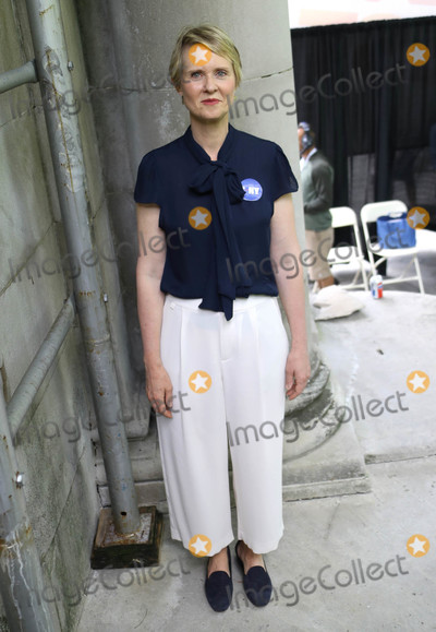 Cynthia Nixon Photo - Photo by John NacionstarmaxinccomSTAR MAX2018ALL RIGHTS RESERVEDTelephoneFax (212) 995-119672118Cynthia Nixon at Ozy Fest 2018 in Central Park in New York City