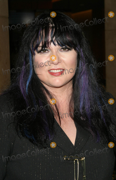 Ann Wilson Photo - Photo by Tim GoodwinSTAR MAX Inc - copyright 200393003Ann Wilson at Women Rock(Hollywood CA)