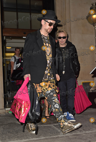 Boy George Photo - Photo by KGC-143starmaxinccomSTAR MAXCopyright 2015ALL RIGHTS RESERVEDTelephoneFax (212) 995-119691915Boy George is seen arriving for the Sorapo Runway Show during London Fashion Week SS16(London England UK)