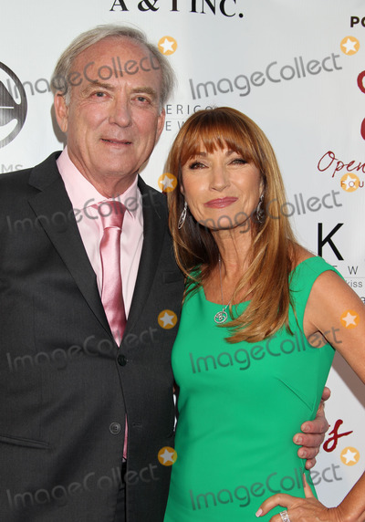 James Keach Photo - Photo by REWestcomstarmaxinccomSTAR MAX2014ALL RIGHTS RESERVEDTelephoneFax (212) 995-119651014James Keach and Jane Seymour at The Open Hearts Foundation 4th Annual Gala(Malibu CA)