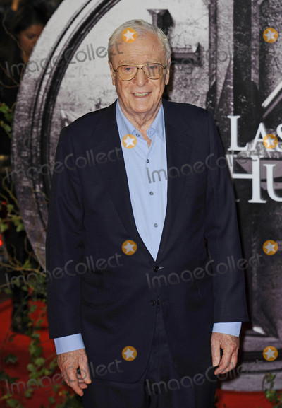Michael Caine Photo - Photo by KGC-138starmaxinccomSTAR MAXCopyright 2015ALL RIGHTS RESERVEDTelephoneFax (212) 995-1196101915Sir Michael Caine at the premiere of The Last Witch Hunter(London England UK)