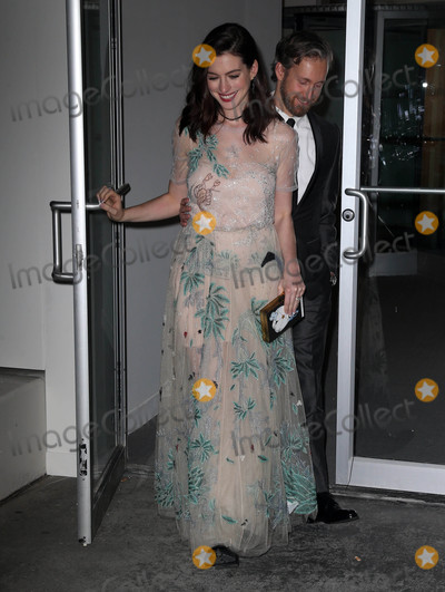Adam Shulman Photo - Photo by KGC-146starmaxinccomSTAR MAX2016ALL RIGHTS RESERVEDTelephoneFax (212) 995-1196111716Anne Hathaway and Adam Shulman are seen in New York City