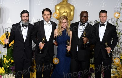 ANTHONY KATAGAS Photo - Photo by Doug PetersstarmaxinccomSTAR MAX2014ALL RIGHTS RESERVEDTelephoneFax (212) 995-11963214(left to right) Anthony Katagas Jeremy Kleiner Dede Gardner Brad Pitt and Steve McQueen with the Best Picture Award at the 86th Annual Academy Awards (Oscars)(Hollywood CA)