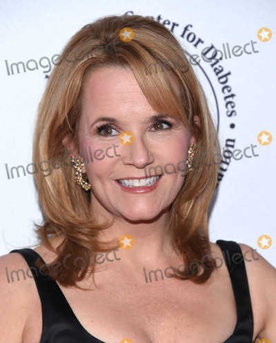 Lea Thompson Photo - Photo by KGC-11starmaxinccomSTAR MAX2016ALL RIGHTS RESERVEDTelephoneFax (212) 995-119610816Lea Thompson at The 2016 Carousel of Hope Ball(Los Angeles CA)