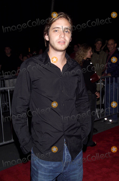 Aaron Stanford Photo - Photo by  Tom LauLoud  Clear MediaSTAR MAX Inc2002 ALL RIGHTS RESERVED  TelFax (212) 995-11969302002Aaron Stanford at the Red Dragon world premiere(NYC)