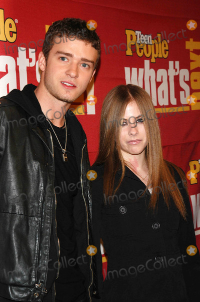 Avril Lavigne Photo - Photo by Peter KramerSTAR MAX Inc - copyright 200211502Justin Timberlake and Avril Lavigne at Teen Peoples Whats Next in new talent party(NYC)
