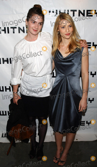 GABBY HOFFMAN Photo - Photo by Walter Weissmanstarmaxinccom20055505Claire Danes and Gabby Hoffman at the Whitney Museum Art Party(NYC)
