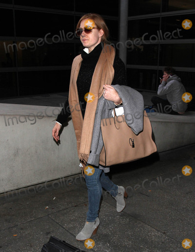 Amy Adams Photo - Photo by gotpapstarmaxinccomSTAR MAX2017ALL RIGHTS RESERVEDTelephoneFax (212) 995-119621317Amy Adams is seen at LAX Airport in Los Angeles CA