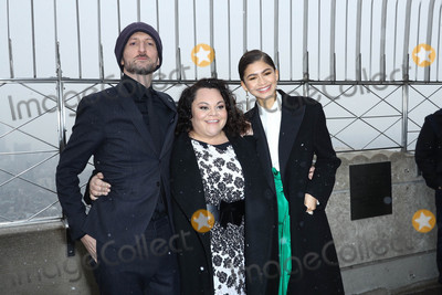 Zendaya Coleman Photo - Photo by John NacionstarmaxinccomSTAR MAX2017ALL RIGHTS RESERVEDTelephoneFax (212) 995-119612917Michael Gracey Keala Settle and Zendaya Coleman at The Greatest Showman Cast Light up the Empire State Building in New York City