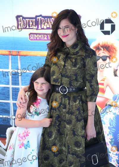 Kathryn Hahn Photo - Photo by zzgotpapstarmaxinccomSTAR MAXCopyright 2018ALL RIGHTS RESERVEDTelephoneFax (212) 995-119663018Kathryn Hahn and her daughter Mae Sandler at the premiere of Hotel Transylvania 3 Summer Vacation held at the Westwood Village Theatre in Los Angeles CA
