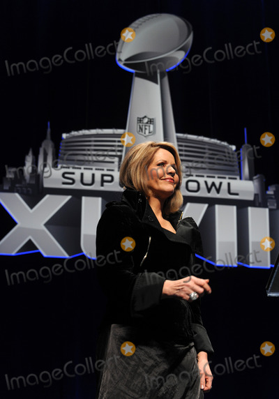 Renee Fleming Photo - Photo by Dennis Van Tinestarmaxinccom2014ALL RIGHTS RESERVEDTelephoneFax (212) 995-119613014Rene Fleming at the Pepsi Super Bowl XLVIII Halftime Show Press Conference(NYC)
