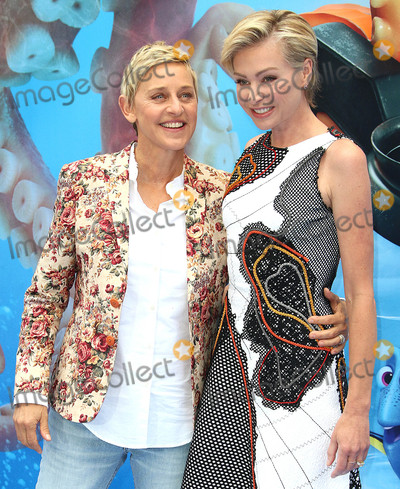 Portia De Rossi Photo - Photo by KGC-158starmaxinccomSTAR MAX2016ALL RIGHTS RESERVEDTelephoneFax (212) 995-119671016Ellen DeGeneres and Portia de Rossi at the premiere of Finding Dory(London England)