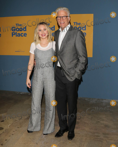 Kristen Bell Photo - Photo by gotpapstarmaxinccomSTAR MAX2017ALL RIGHTS RESERVEDTelephoneFax (212) 995-119661217Kristen Bell and Ted Danson at NBCs The Good Place FYC copyright UCB in Los Angeles CA