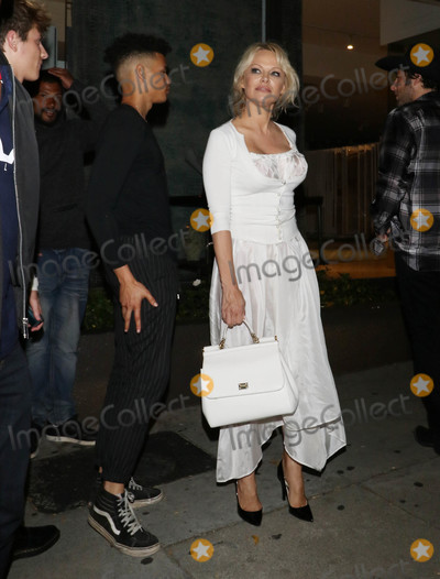 Pamela Anderson Photo - Photo by gotpapstarmaxinccomSTAR MAX2018ALL RIGHTS RESERVEDTelephoneFax (212) 995-119661518Pamela Anderson is seen in Los Angeles CA