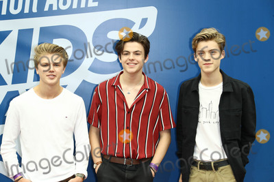 George Smith Photo - Photo by John NacionstarmaxinccomSTAR MAX2017ALL RIGHTS RESERVEDTelephoneFax (212) 995-119682617George Smith Blake Richardson and Reece Bibby (New Hope Club) at Arthur Ashe Kids in Queens New York
