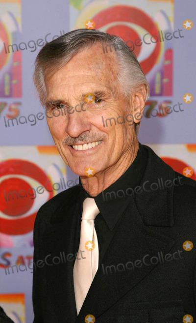 Dennis Weaver Photo - Photo by David Greenmanstarmaxinccom200311203Dennis Weaver at the CBS 75th Anniversary Gala(NYC)