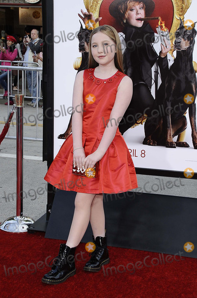 Ella Anderson Photo - Photo by Michael GermanastarmaxinccomSTAR MAX2016ALL RIGHTS RESERVEDTelephoneFax (212) 995-119632816Ella Anderson at the premiere of The Boss(Los Angeles CA)
