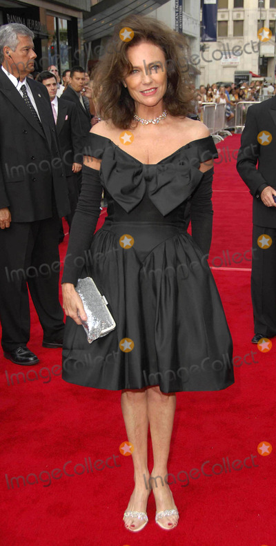 Jacqueline Bisset Photo - Photo by Michael Germanastarmaxinccom20066806Jacqueline Bisset at the 34th AFI Life Achievement Award ceremony(Hollywood CA)