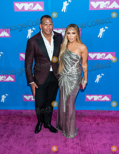 Alex Rodriguez Photo - Photo by ESBPstarmaxinccomSTAR MAX2018ALL RIGHTS RESERVEDTelephoneFax (212) 995-119682018Alex Rodriguez and Jennifer Lopez at the 2018 MTV Video Music Awards at Radio City Music Hall in New York City