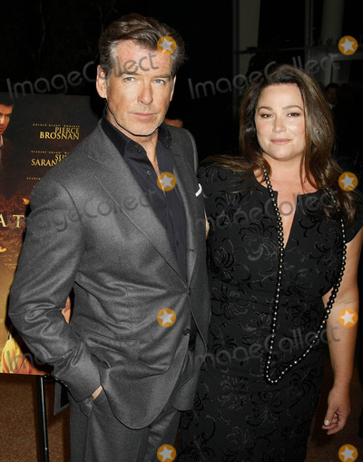 Keely Smith Photo - Photo by NPXstarmaxinccom201032510Pierce Brosnan and Keely Shaye Smith at the premiere of The Greatest(Los Angeles CA)Not for syndication in France