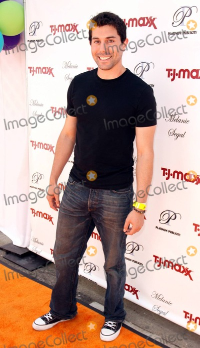 Micah Sloat Photo - Actor Micah Sloat attends Melanie Segals Celebrity Retreat Presented by TJMaxx in celebration of the Teen Choice Awards Los Angeles CA 080410