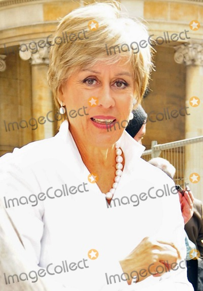 Kiri Te Kanawa Photo - New Zealand soprano Dame Kiri Te Kanawa leaves BBC Radio 4  In recent years the 66-year-old opera singer has launched the Kiri Te Kanawa Foundation to support New Zealand singers and musicians and in April 2010 performed two shows at Cologne Opera House in Germany London UK 090410