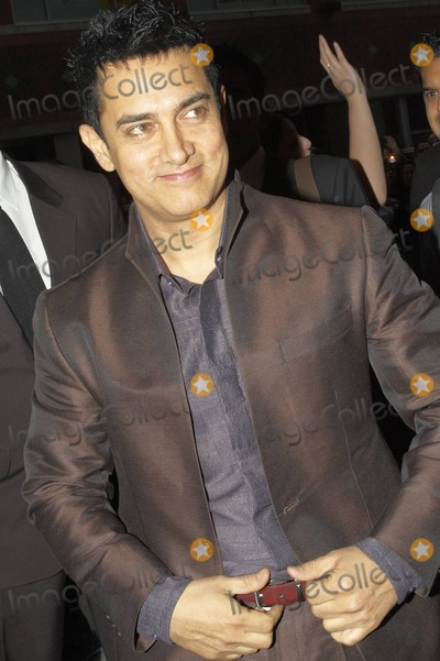 Aamir Khan Photo - Hindi film superstar Indian actor and director Aamir Khan arrives for the premiere of Dhobi Ghat held at The Elgin Theater during the 2010 Toronto International Film Festival Toronto ON 091010