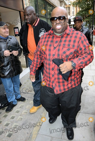 The Killers Photo - EXCLUSIVE Cee Lo Green makes faces at the camera as he arrives at BBC Radio 2 to promote his forthcoming album The Lady Killer due in stores on November 9 London UK 11110Fees must be agreed prior to publication