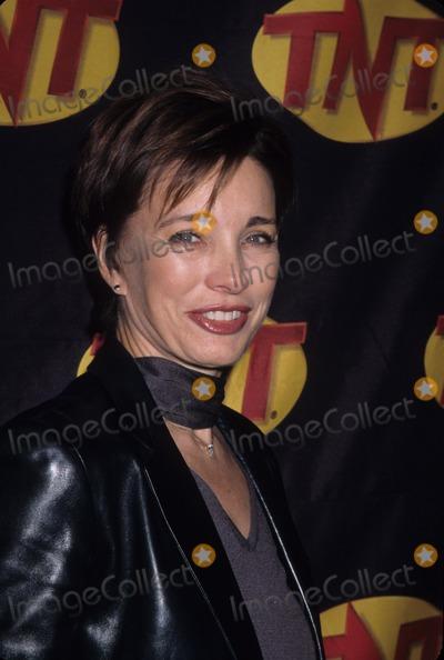 Anne Archer Photo - Anne Archer Hollywood Tribute to Joni Mitchell Hammerstein Ballroom in New York 2000 K18464hmc Photo by Henry Mcgee-Globe Photos Inc