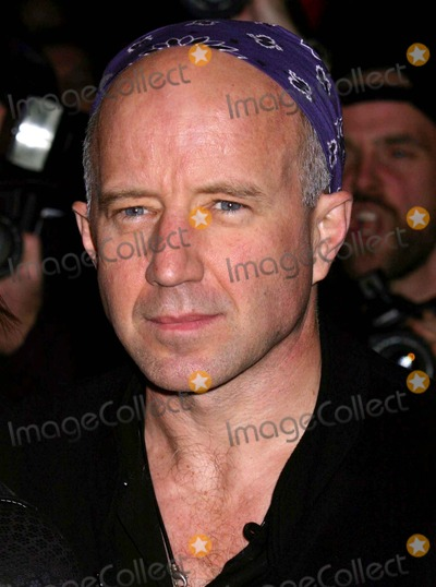 Arliss Howard Photo - Arliss Howard Arriving the Premiere of Birth at Loews Lincoln Square in New York City on October 26 2004 Photo by Henry McgeeGlobe Photos Inc 2004