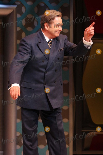 Al Hirschfeld Photo - Beau Bridges Takes His Curtain Call in the Broadway Musical How to Succeed in Business Without Really Trying at the Al Hirschfeld Theatre in New York City on 01-24-2012 Photo by Henry Mcgee-Globe Photos Inc 2012