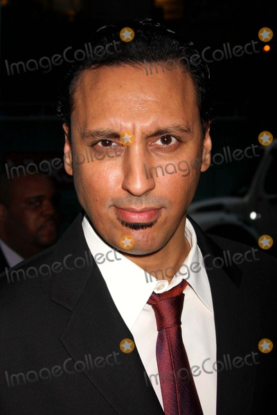 Aasif Mandvi Photo - Aasif Mandvi Arriving at the World Premiere of Showtimes New Comedy Series Nurse Jackie at Directors Guild of America in New York City on 06-02-2009 Photo by Henry Mcgee-Globe Photos Inc 2009