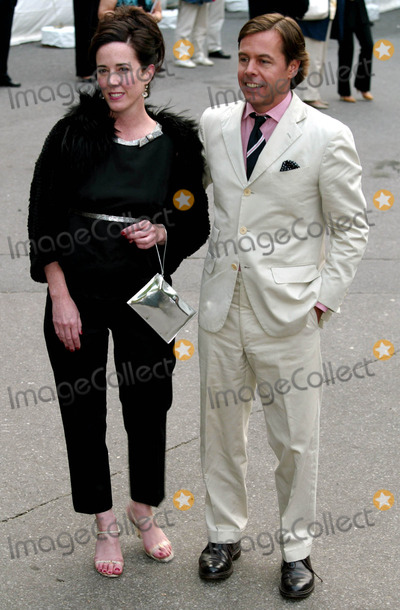 Andy Spade Photo - Kate Spade and Andy Spade at the Fresh Air Funds Annual Spring Gala Salute to American Heroes at Tavern on the Green in New York City on Jusne 5 2003 Photo Henry McgeeGlobe Photos Inc 2003