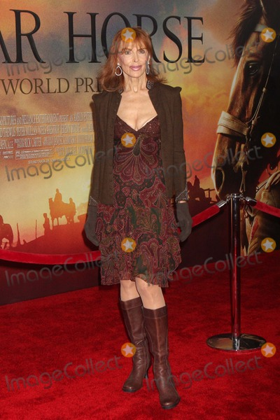 Tina Louise Photo - Tina Louise Arriving at the World Premiere of Dreamworks Pictures War Horse at Lincoln Centers Avery Fisher Hall in New York City on 12-04-2011 Photo by Henry Mcgee-Globe Photos Inc 2011