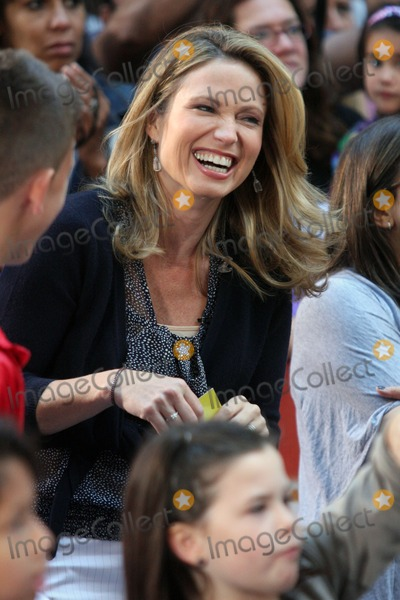 Amy Robach Photo - New York NY 09-06-2010Amy Robach and daughter on NBCs TODAY Show Toyota Concert Series at Rockefeller PlazaDigital photo by Lane Ericcson-PHOTOlinknet