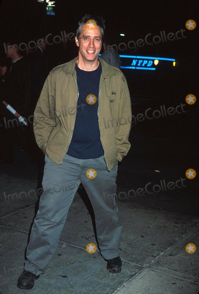 Jon Stewart Photo -  101501 the Leary Firefighters Foundation at the Park Restaurant in NYC Jon Stewart Photo by Henry McgeeGlobe Photos Inc