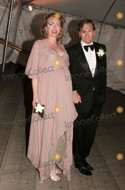 John Currin Photo - Rachel Reinstein and John Currin Arriving at the Costume Institute Gala Celebrating Chanel at the Metropolitan Museum of Art in New York City on 04-02-2005 Photo by Henry McgeeGlobe Photos Inc 2005