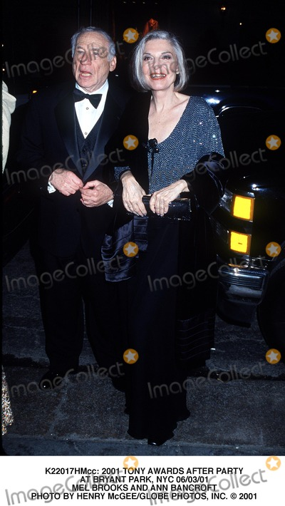 Anne Bancroft Photo -  2001 Tony Awards After Party at Bryant Park NYC 060301 Mel Brooks and Ann Bancroft Photo by Henry McgeeGlobe Photos Inc
