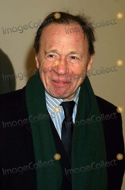 Anthony Haden Guest Photo - Anthony Haden-guest Arriving at the Opening of Pam American Icon an Exhibition of Photographs of Pamela Anderson by Sante Dorazio at Stellan Holm Gallery in New York City on 01-21-2005 Photo by Henry McgeeGlobe Photos Inc 2005