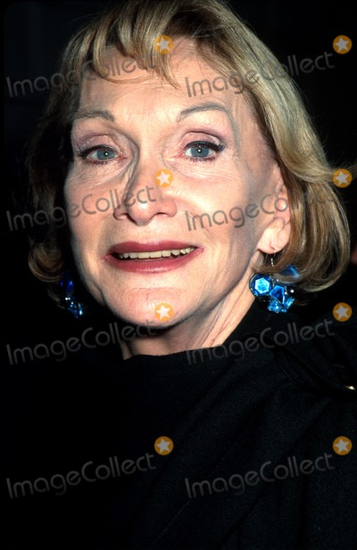 Sian Phillips Photo - the Goat or Who Is Sylvia Opening Night Golden Theatre NYC 031002 Photo by Henry McgeeGlobe Photos Inc
