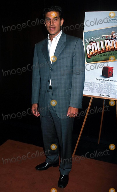 Andrew Davoli Photo - Sd0926 Welcome to Collinwood Screening at the Bryant Park Hotel New York City Photo Henry Mcgee Globe Photos Inc 2002 Andrew Davoli